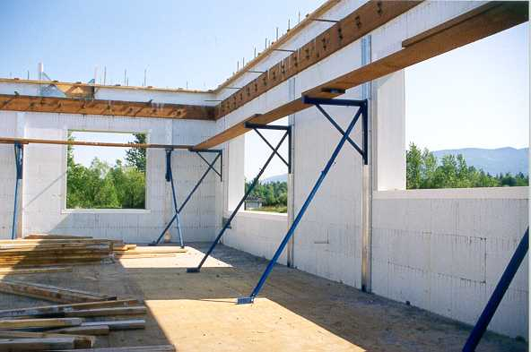 Construction Overview Of Quad Lock Insulated Concrete Forms